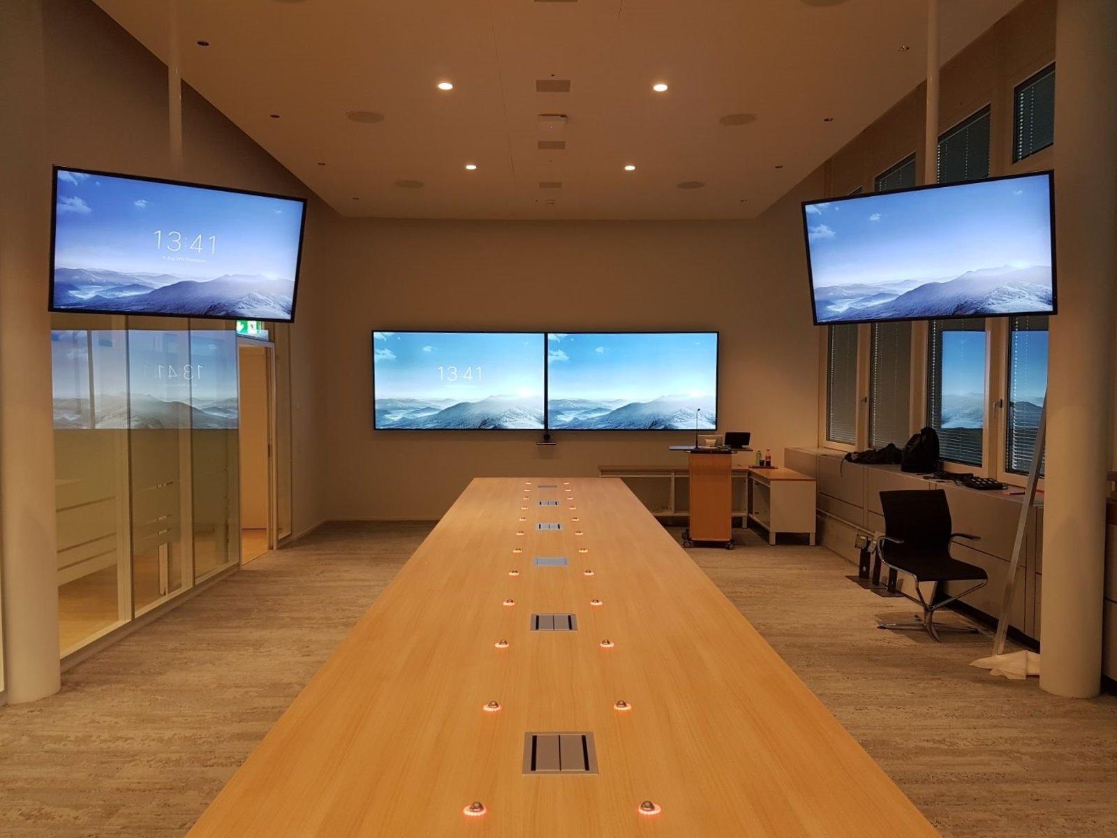 Un nou proiect major Aniva. Cum am reușit să instalăm o soluție simplă și eficientă pentru o sală de ședințe.